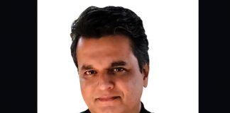 Shailesh Sharma, founder of Inndus Cards & Gifts
