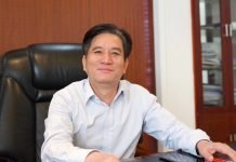 General Manager of Beijing Zhongke Printing Zeng Xinqiao is highly appreciative of the cooperation with and is looking forward to becoming the first user of Wisprint M700s book printing solution.
