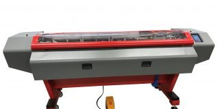 Fotoba's new XLA 170 features fully automatic vertical blade positioning